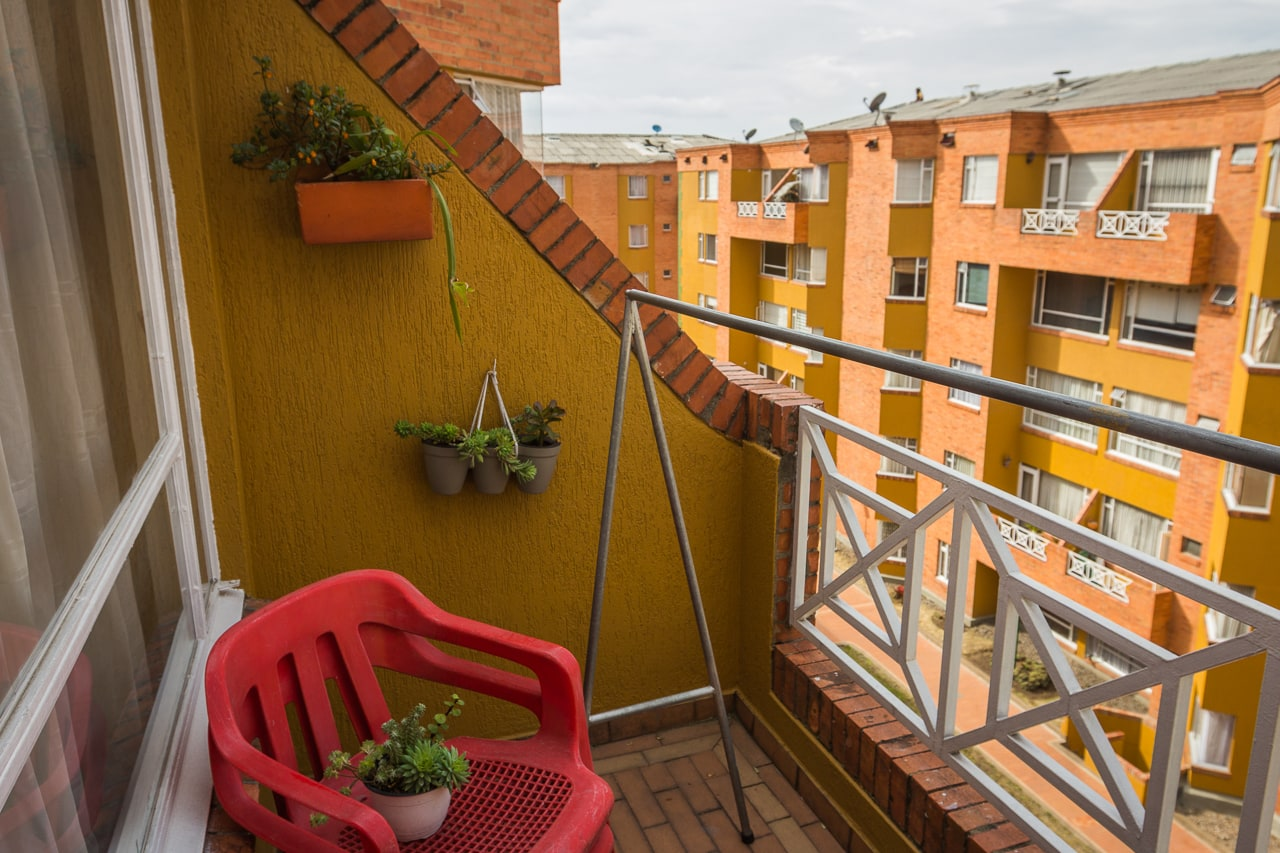 An apartment complex in the northern-edge districts of Nueva Zelandía (CL 170) in Bogotá.