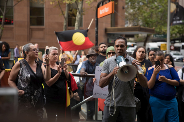 In photos: Aboriginal protesters challenge Sunrise program outside their studios