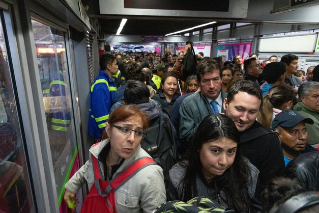 In photos: Congestion packs out stations across Bogotá's mass transit system
